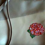 сумка с украшением из остатков мозаики